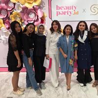 Belajar pentingnya self love serta bikin alis yang kece bareng beautypreneur Anggie Rassly.