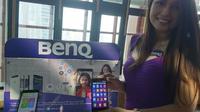 Setelah beberapa tahun absen di pasar smartphone Indonesia, BenQ meluncurkan smartphone bagi konsumen yang hobi 'selfie' yaitu B502.