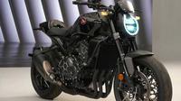Honda CB1000R hadir dengan fitur baru (Honda JP)