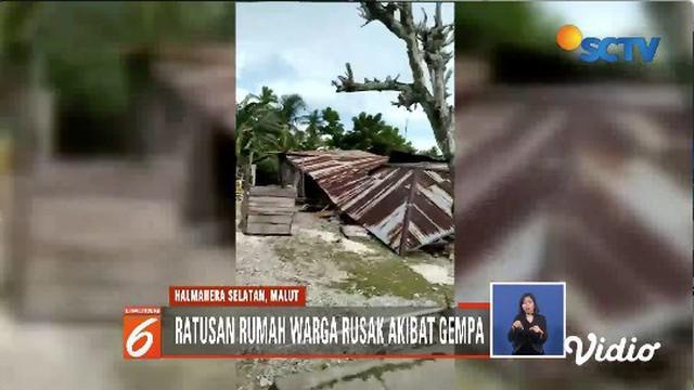 Ratusan rumah warga Desa Lemo-lemo dan Desa Rangga-rangga, Halmahera Selatan, rusak akibat guncangan gempa 7,2 SR.