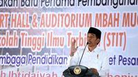 Jokowi menghadiri Haul Pondok Buntet Pesantren, Cirebon, Jawa Barat.