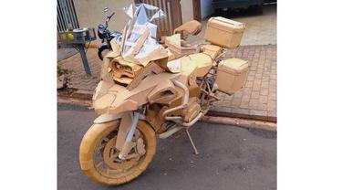 Motor yang dibuat dari kardus (motorradonline)