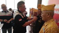 Toyota Innova Owners Club Indonesia (TIOCI) menggelar HUT ke-2 dengan berbagi bersama veteran purnawariawan Angkatan Laut.(Dok: TIOCI)