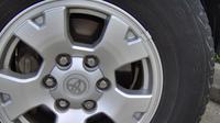 Timah, besi ataupun logam lainnya kerap dimanfaatkan dalam balancing roda. (ist)