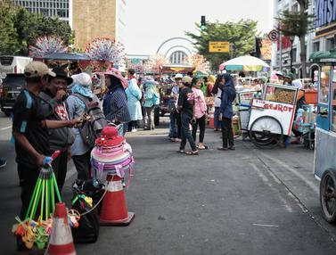 PKL Bikin Semrawut Kawasan Kota Tua