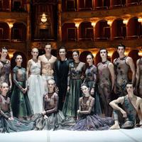 Bagaimana tampilan para penari balet dalam balutan gaun cantik Dior
