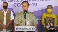 Gubernur DKI Jakarta Anies Baswedan saat menyampaikan paparan mengenai PSBB Jakarta di Graha BNPB, Jakarta. (Istimewa)