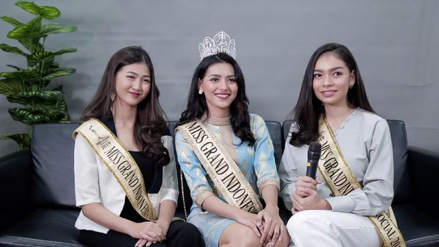 Sarlin Jones terpilih sebagai Miss Grand Indonesia 2019 serta Cindy Yuliani dan Gabriella Hutahaean sebagai runner up 1 dan runner up 2. Mereka bertiga berkesempatan berkunjung ke kantor KLY redaksi Liputan6.com untuk berbagi cerita mengenai makna Be...