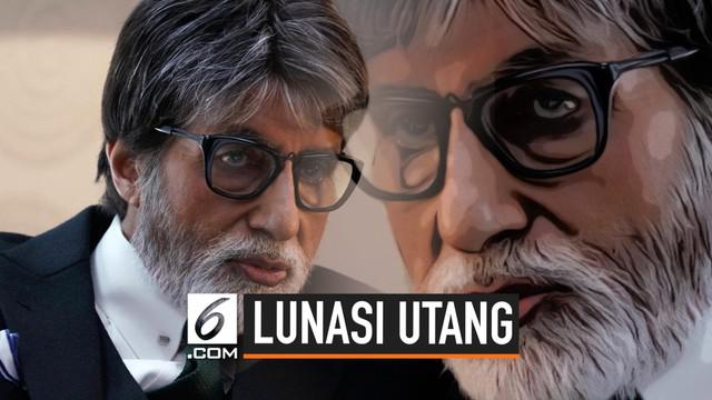 Amitabh Bachchan melunasi utang 2.100 petani di Bihar, India. Sebelumnya ia juga melakukan hal yang sama kepada lebih dari 1.000 petani di Uttar Pradesh.