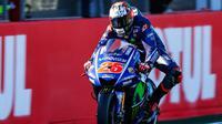 Pebalap Movistar Yamaha, Maverick Vinales, menjadi yang tercepat pada tes MotoGP hari pertama di Sirkuit Ricardo Tormo, Selasa (15/11/2017). (dok. MotoGP)