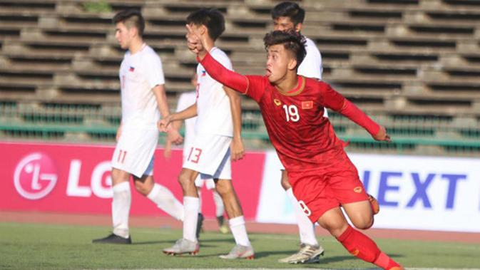 Tran Danh Trung menjadi salah satu pemain Vietnam U-23 yang patut diwaspadai di Kualifikasi Piala AFC U-23 2020. (dok. The Thao 247)