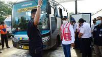 Menteri Perhubungan Budi Karya Sumadi melakukan kunjungan kerja ke Terminal Harjamukti di Cirebon (dok: BKIP)