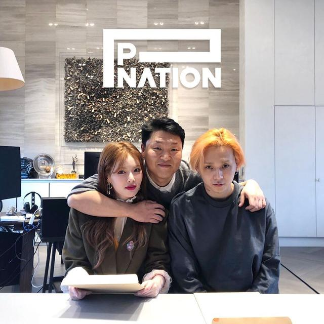 [Fimela] HyunA dan E'Dawn