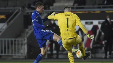 Turun dengan skuad terbaiknya, termasuk Jamie Vardy, The Foxes gagal mencetak satu gol pun di laga ini. (Foto: AFP/Michal Cizek)
