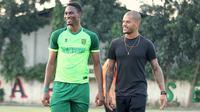 Dua striker Persebaya Surabaya, Amido Balde dan David da Silva. (Bola.com/Aditya Wany)