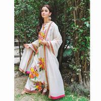 Saat ini Alia Bhatt sedang berbahagia, pasalnya film terbarunya, Raazi sukses besar. Bahkan film yang diadaptasi dari novel Hariender Sikka itu masuk dalam jajaran film Box Office. (Foto: instagram.com/aliaabhatt)