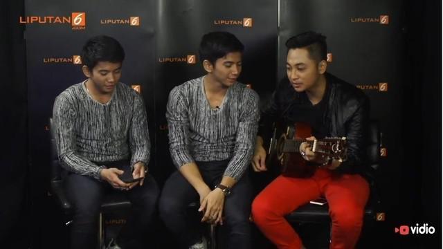 Rizki, Ridho, dan Irwan menjawab tantang Liputan6.com untuk menyanyikan lagu Rhoma Irama yang bertajuk Bujangan