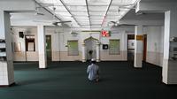 Seorang Muslim berdoa di Masjid Jummah selama bulan suci Islam Ramadhan di Kolombo, Sri Lanka pada 4 Mei 2020. Umat Islam di dunia menjalankan ibadah Ramadan di tengah pandemi virus corona dan penerapan lockdown. (ISHARA S. KODIKARA / AFP)