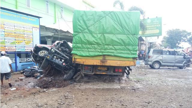 Rentetan 10 Kecelakaan Maut di Jalur Selatan Turunan Jalan Layang Kretek Bumiayu