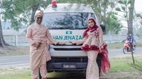 Mobil jenazah jadi properti foto pernikahan