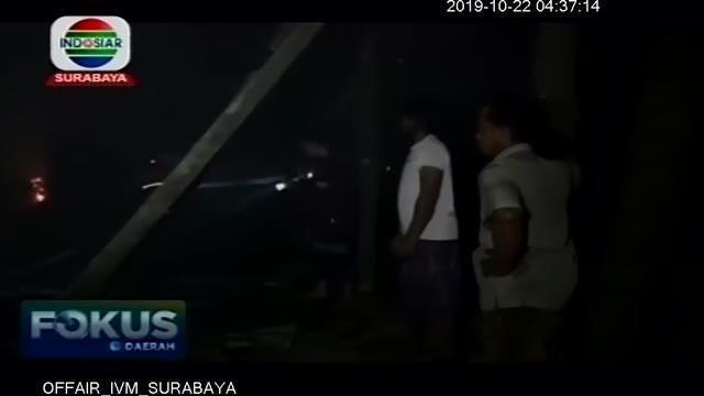 Sebuah gudang penggilingan tebu milik Suparman di Desa Tenggur Kecamatan Rejotangan Kabupaten Tulungagung ludes terbakar, Senin ( 21/10/2019) dinihari.