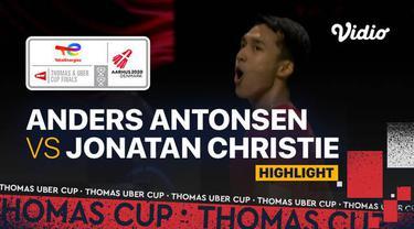 Berita video highlights pertandingan ketiga Indonesia vs Denmark di semifinal Piala Thomas 2020, di mana Jonatan Christie mengalahkan Anders Antonsen, Sabtu (16/10/2021) malam hari WIB.