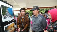 Menurut Menpora pameran fotografi ini tidak hanya karya hebat tapi menggambarkan Maluku dengan segenap kekayaan alamnya yang indah.