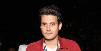 John Mayer rupanya tengah jenuh menikmati kesendiriannya usai mengakhiri hubungan dengan Katy Perry. Namun kini, dirinya sudah siap mencari kekasih baru lagi. (AFP/Bintang.com)