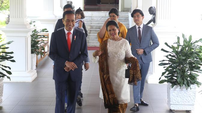Perbedaan Gaya Busana Iriana Jokowi Saat Pelantikan Presiden Dahulu dan Sekarang