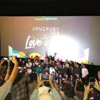 Love Festival 2019 hadirkan sederet grup musik legendaris dalam semalam. (Nizar Zulmi/Fimela.com)