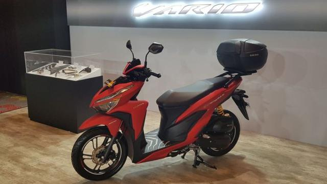 Honda Vario Terbaru 2018 Lengkap Dengan Aksesorisnya Otomotif