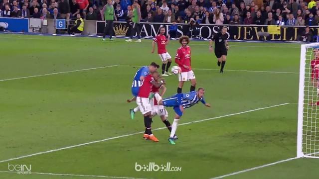 Berita video gol yang tercipta saat Manchester United takluk dari Brighton and Hove Albion 0-1 pada lanjutan Premier League 2017-2018. This video presented by BallBall.