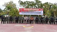 Apel gelar pasukan persiapan pemungutan suara ulang di Rokan Hulu dan Indragiri Hulu. (Liputan6.com/M Syukur)