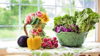 Hasil Riset Inggris: Makan Buah dan Sayur Bikin Hidup Lebih Bahagia