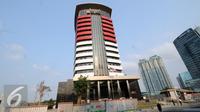 Tampilan depan gedung Komisi Pemberantasan Korupsi yang baru di Jl Gembira, Guntur, Jakarta, Selasa (13/10/2015). Gedung tersebut dibangun di atas tanah seluas delapan hektar dengan nilai kontrak 195 miliar rupiah. (Liputan6.com/Helmi Fithriansyah)
