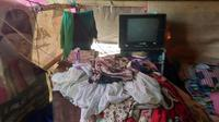 Kondisi sebuah tenda pengungsian di Dusun Jelateng, Lombok, Nusa Tenggara Barat (Liputan6.com/Giovani Dio Prasasti)
