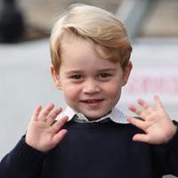 Pangeran George, putra Pangeran William dan Kate Middleton yang baru berusia 4 tahun jadi incaran kekejaman ISIS. (AP Photo)