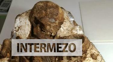 Fosil ibu yang menggendong bayi menghebohkan para arkeolog di Taiwan. Diperkirakan umurnya 5000 tahun