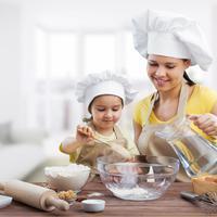 memasak bersama anak/copyright: shutterstock