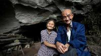 Kisah Pasangan Renta, 54 Tahun Habiskan Hidup di Goa