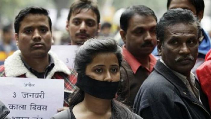 Aksi unjuk rasa warga India yang protes terhadap maraknya kasus pemerkosaan (AP)