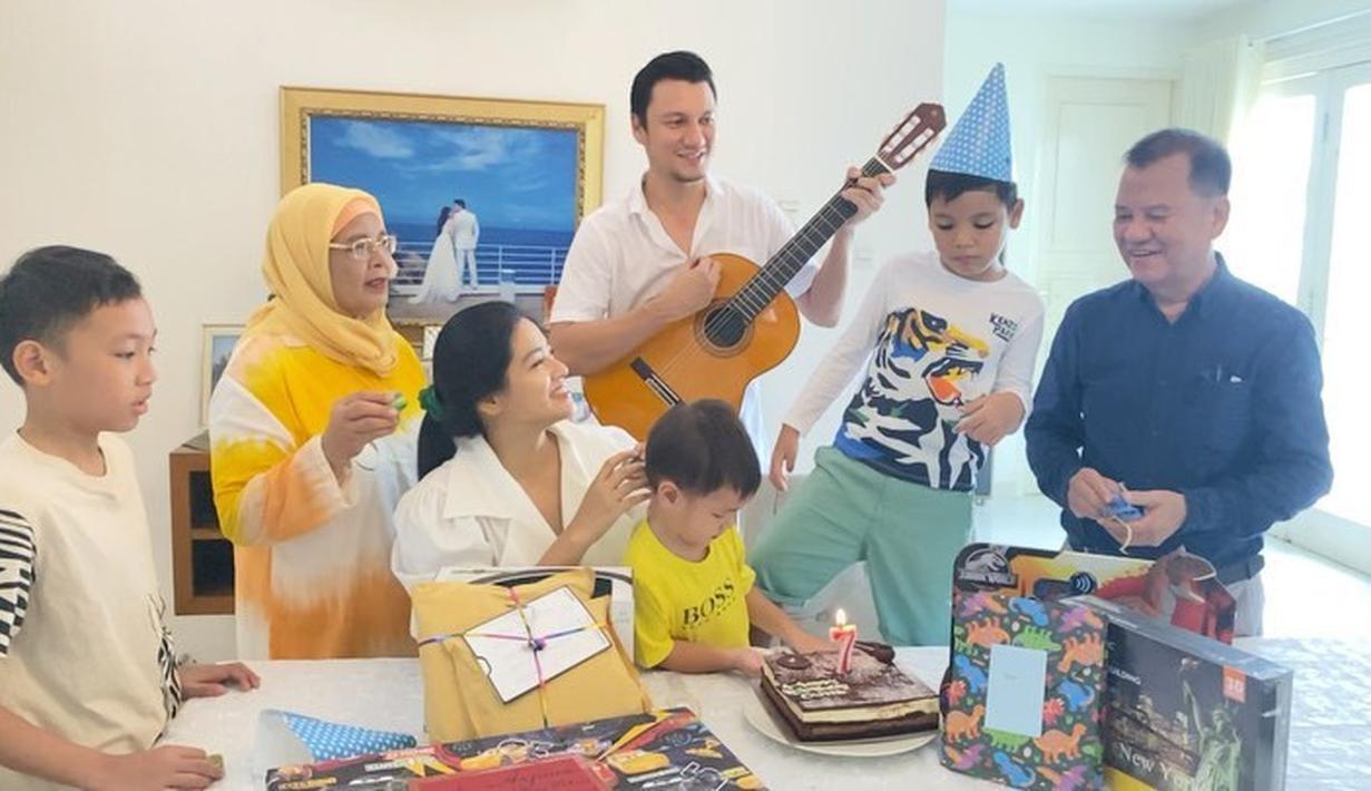 Ultah Anak Titi Kamal dan Christian Sugiono (Instagram/titi_kamall)