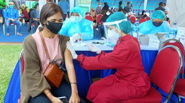 TNI AL Target dalam Dua Hari Vaksinasi Massal di Malang Sasar 30 Ribu Warga