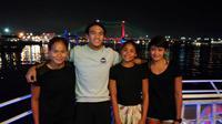 Para atlet PB PRSI yang memecahkan rekor nasional di Festival Akuatik Indonesia 2017 adalah Ananda Treciel Vanessae Evato, Gagarin Nathaniel Yus, Azzahra Permatahani, dan Ressa Kania Dewi. (dok. PB PRSI)