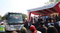 Ribuan pedagang jamu dan pedagang asongan mengikuti program mudik gratis yang digelar PT. Sido Muncul, Tbk.