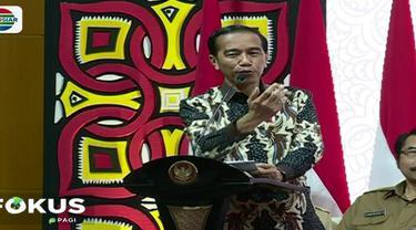Presiden Jokowi juga menyerahkan bantuan Program Keluarga Harapan (PKH) tahap pertama kepada 1.000 Keluarga Penerima Manfaat (KPM) yang merupakan warga Depok. Penyerahan bantuan dilakukan di Graha Insan Cita Sukmajaya, Depok.