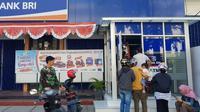 BRI berupaya mempercepat proses recovery jaringan kantor dan layanan digital perbankan yang bermasalah pasca-musibah gempa bumi 7,4 magnitudo yang menimpa Palu. (Dok BRI)