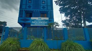Kantor DPD Demokrat Banten Di Kota Serang. (Senin, 08/03/2021). (Liputan6.com/Yandhi Deslatama).