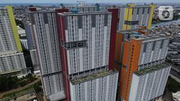 Foto aerial suasana Rumah Sakit Darurat Penanganan COVID-19 Wisma Atlet Kemayoran, di Jakarta, Selasa (2/2/2021). Layanan penanganan COVID-19 kepada pasien harus dengan tata cara penanganan sesuai SOP yang berlaku. (merdeka.com/Imam Buhori)