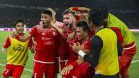 Para pemain Persija Jakarta merayakan gol yang dicetak Marko Simic ke gawang Bali United pada final Piala Presiden di SUGBK, Jakarta, Sabtu (17/2/2018). Persija menang 3-0 atas Bali United. (Bola.com/Vitalis Yogi Trisna)
